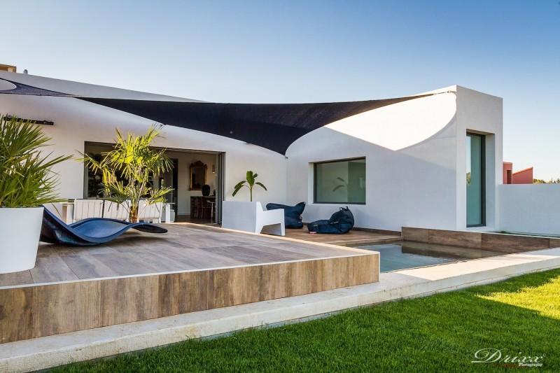 Beautiful maison moderne blanche maison moderne blanche maison moderne blanche with carrelage faade maison
