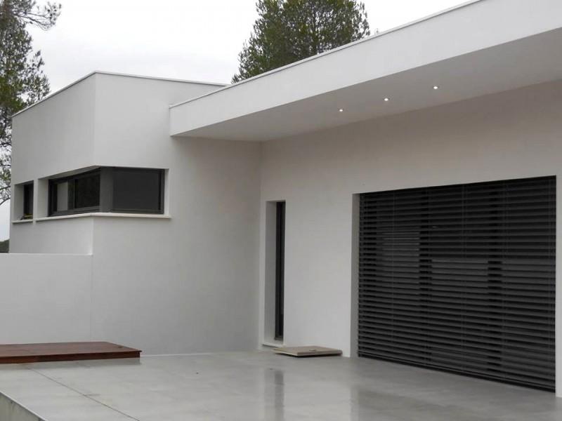 Maison Moderne, Nord Bouches Du Rhône. U003e